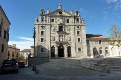 le couvent et la maison natale de Thérèse